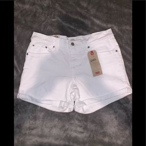 Levi's mid length shorts / brand new with tags